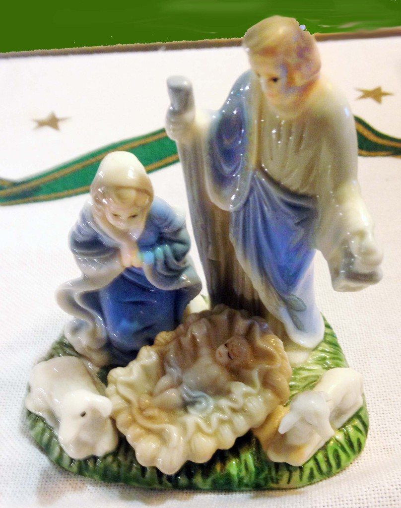 Small porcelain Nativity